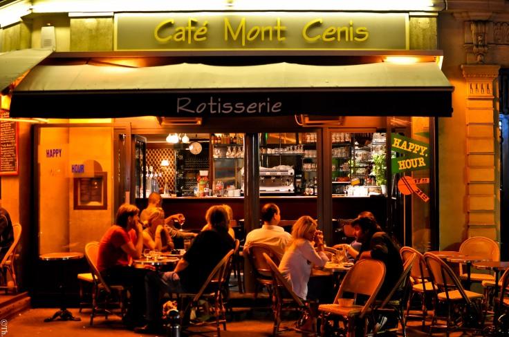 Cafe_du_Mont_Cenis,_62_Rue_Custine,_75018_Paris_2011