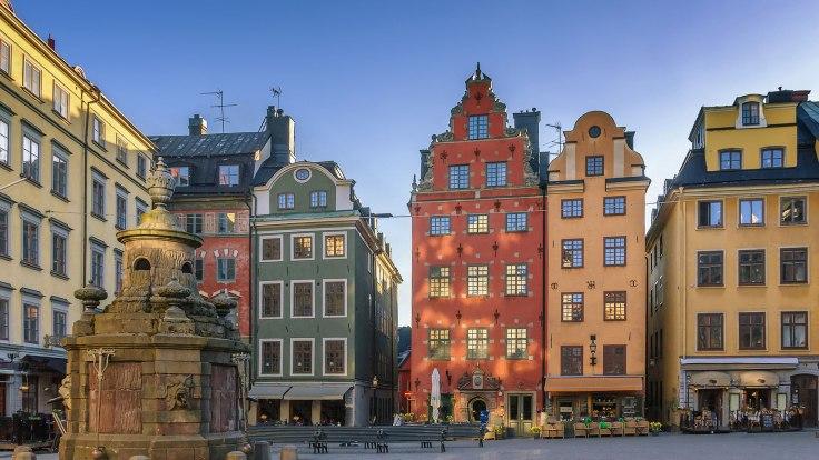old-town-gamle-stan-stockholm-sweden-1.jpg