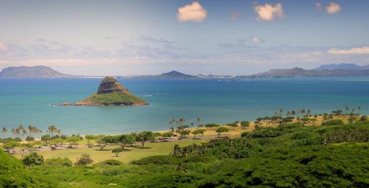 Chinaman's_Hat_-_Oahu_Hawaii_blog