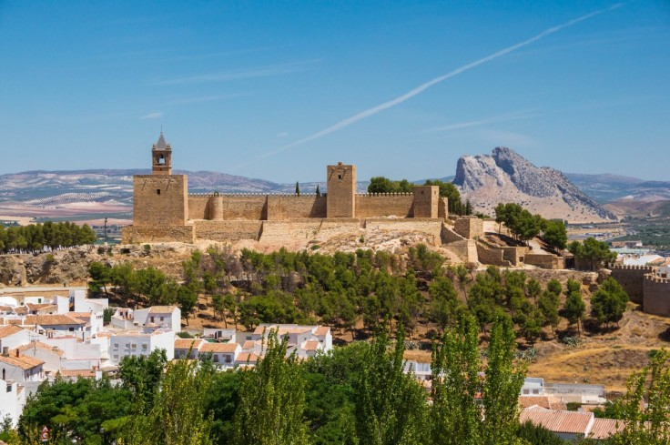 andalusia_spain_landscape_scenery_castle_landmark_sky_trees-1252366