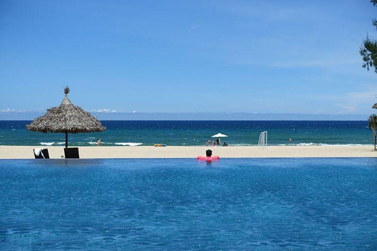 Pullman_Danang_Beach_Resort_-_Da_Nang,_Vietnam_-_DSC02282.JPG