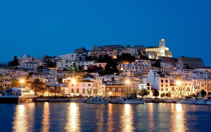 spain_ibiza_island_night_houses_light_sea_hd-wallpaper-375752.jpg