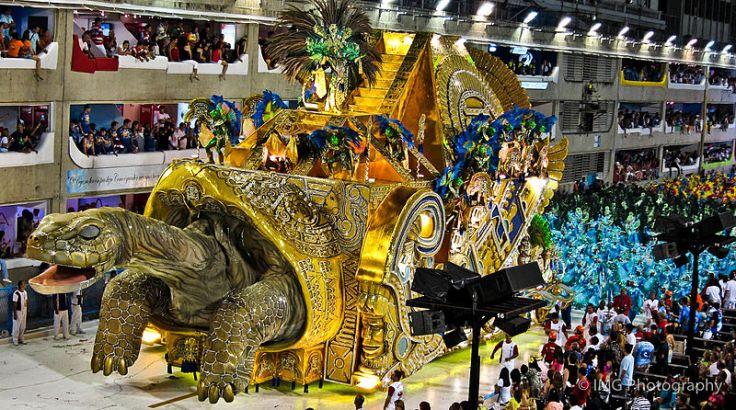 Carnival_of_Rio_de_Janeiro_2011_-_5th_Float-_A_Giganted_De_Galapgos_E_Os_Vestigios_de_Um_Grane_Imperio_(6776044248).jpg