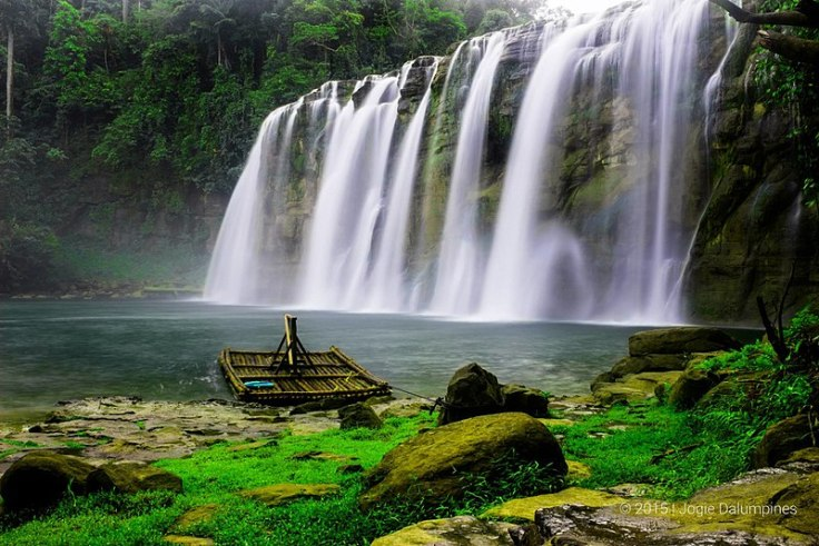800px-Tinuy-an_Falls,_Bislig_City,_Philippines.jpg