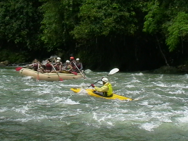 CDOkayak-raft.JPG