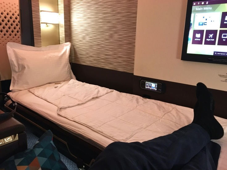 etihad-a380-first-class-apartments-bed2.jpg