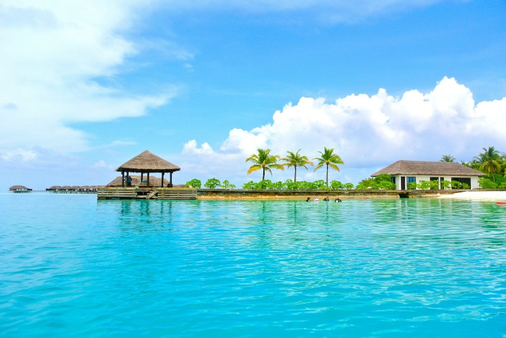 maldives-262511_1920.jpg